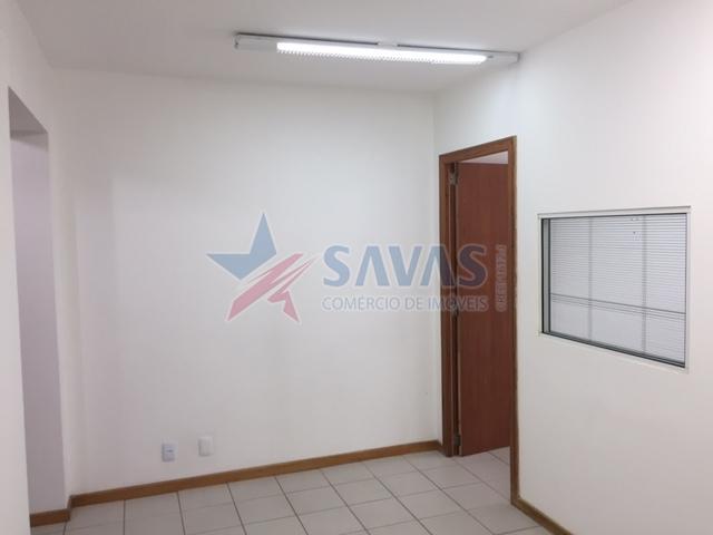 AMPLA SALA COMERCIAL - 64 m2 PRIVATIVOS