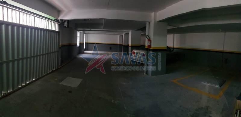 APTO DE 02 DORMITÓRIOS COM GARAGEM - REGIÃO CENTRAL