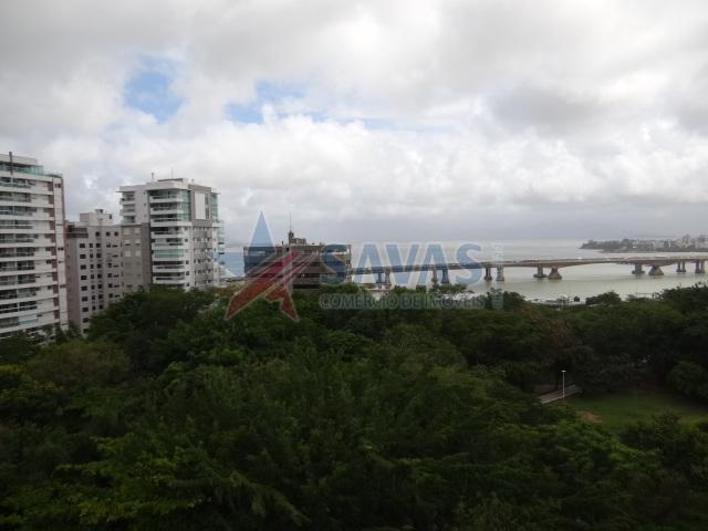 APTO COM 03 SUÍTES - ALTO PADRÃO{2}